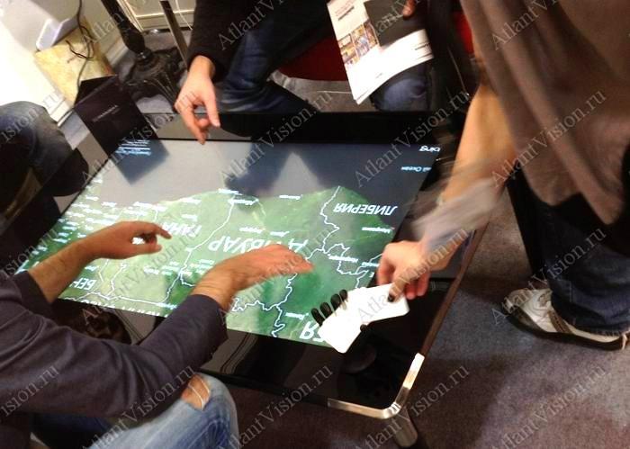 интерактивный стол изображение карты